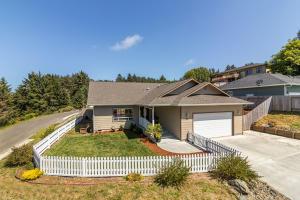 40 Blue Spruce Drive, Eureka, CA 95503
