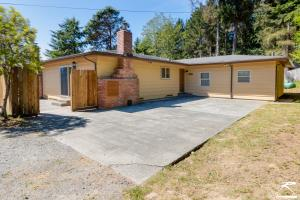 1975 Norton Road, McKinleyville, CA 95519