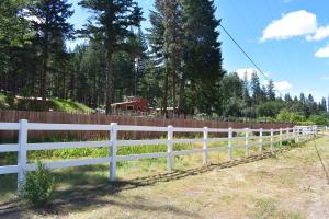 211 N Salt Creek Road, Hayfork, CA 96041