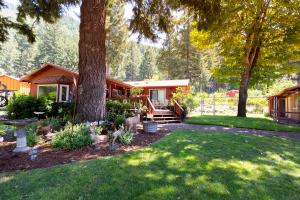 63 Horse Linto Road, Willow Creek, CA 95573