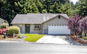 2040 Foxwood Drive, Eureka, CA 95503