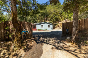 65 Moonset Lane, Willow Creek, CA 95573