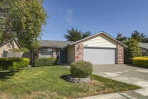 1355 Hedge Rose Court, McKinleyville, CA 95519