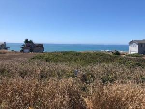 22 Clam Court, Shelter Cove, CA 95589