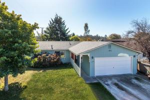 1768 Lime Avenue, McKinleyville, CA 95519