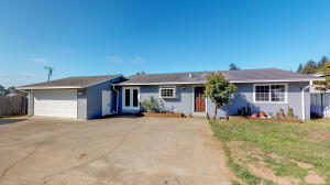1732 Windsor Avenue, McKinleyville, CA 95519