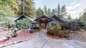 4145 Mitchell Road, Eureka, CA 95503
