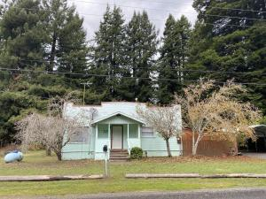 227 N Road, Scotia, CA 95565