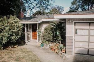 6165 Walnut Drive, Cutten, CA 95503