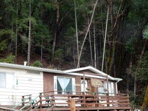 637 Hillcrest Way, Willow Creek, CA 95573