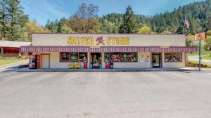50 Salyer Lane, Salyer, CA 95563