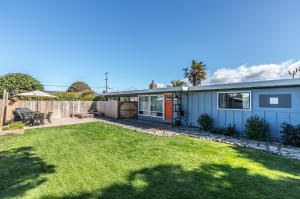 3372 Edgewood Road, Myrtletown, CA 95501