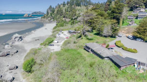 100 Moonstone Beach Road, Trinidad, CA 95570
