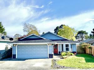 1730 Heartwood Drive, McKinleyville, CA 95519