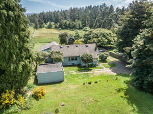 1497 Central Avenue, McKinleyville, CA 95519