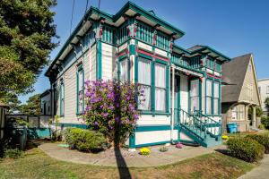 303 Hillsdale Street, Eureka, CA 95501