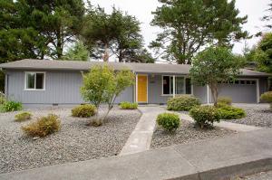 2245 Parkwood Boulevard, Humboldt Hill, CA 95503