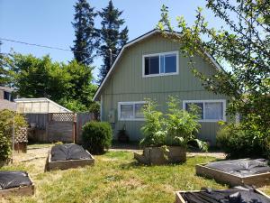 1950 S Gwin Road, McKinleyville, CA 95519