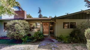 4496 Dubeault Road, Bayside South, CA 95524