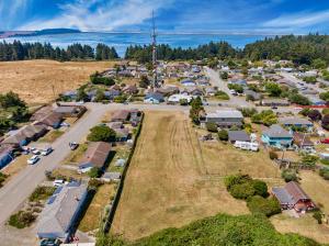 7251 Humboldt Hill Road, Eureka, CA 95503