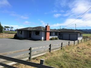 28 Port Kenyon Road, Ferndale, CA 95536