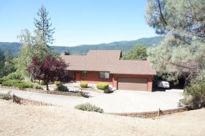 137 Reservoir Road, Weaverville, CA 96093