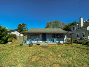447 6th Avenue, Westhaven, CA 95570