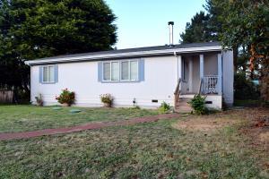 19 Redwood Street, Orick, CA 95555