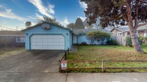 1150 Boss Road, McKinleyville, CA 95519