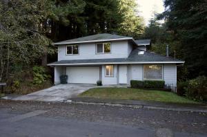 1030 Vista Drive, Eureka, CA 95503