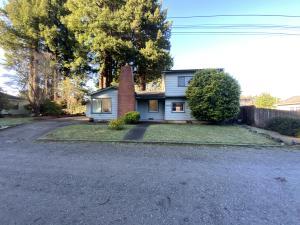 2432 Bainbridge Street, Eureka, CA 95503