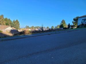 72 Blue Spruce Drive, Humboldt Hill, CA 95503