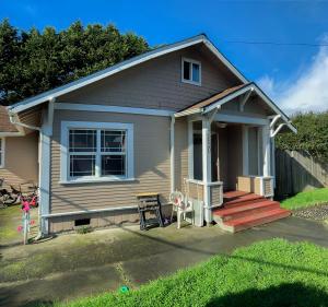 6820 West Avenue, Fields Landing, CA 95537