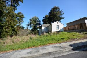034 Black Bear Lane, Eureka, CA 95501
