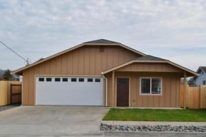 1711 Van Eaton Avenue, McKinleyville, CA 95519