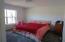 14' x 14' bedroom