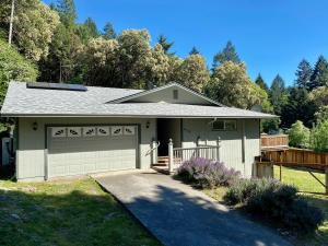 659 Forest View Drive, Willow Creek, CA 95573