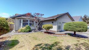 1790 Wild Canary Street, McKinleyville, CA 95519