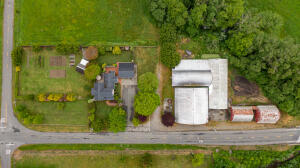 1433 Grizzly Bluff Road, Ferndale, CA 95536