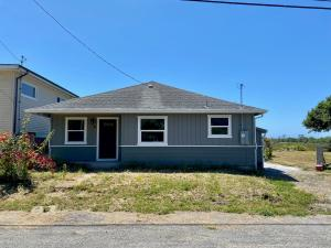 50 Lundblade Street, Orick, CA 95555