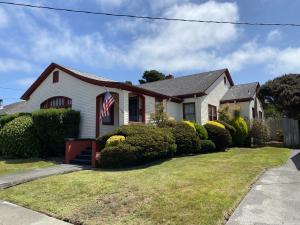 1542 J Street, Arcata, CA 95521