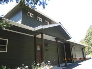 246 Hemlock Road, Shelter Cove, CA 95589