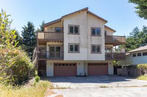 16 Fawn Drive, Whitethorn, CA 95589