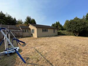 4888 Herron Road, Eureka, CA 95503