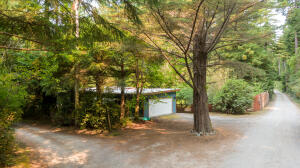 524 Old Wagon Road, Westhaven, CA 95570
