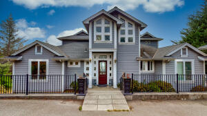 195 Parsons Road, Shelter Cove, CA 95589