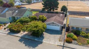 1286 Fernwood Drive, McKinleyville, CA 95519