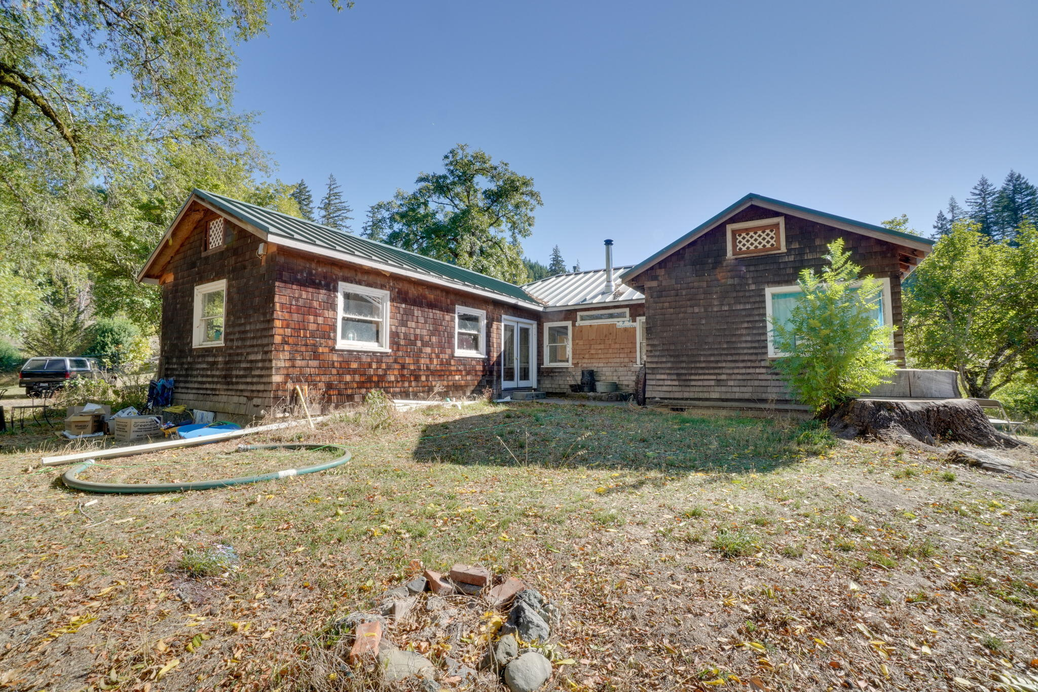 36490  Alderpoint Road