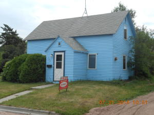 105 First St NW, Wessington Springs, SD 57382