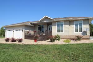 1807 Riveridge Ave SE, Huron, SD 57350